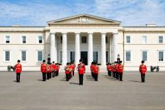 Read related blog: https://britisharmyblog.wordpress.com/2011/10/14/musician-on-the-steps/