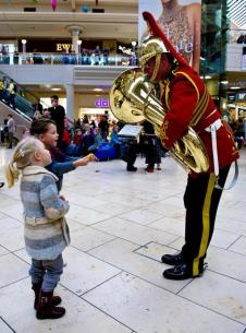 Read related blog: https://britisharmyblog.wordpress.com/2013/12/17/musicians-mobilise-in-the-metrocentre/