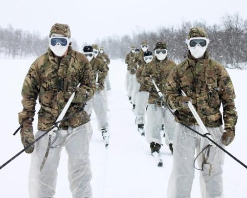 Read related blog: https://britisharmyblog.wordpress.com/2014/04/30/commando-training-cold-weather-warfare-in-norway/