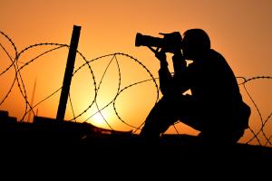 Read related blog: https://britisharmyblog.wordpress.com/army-life/corporal-si-longworth-photographer/